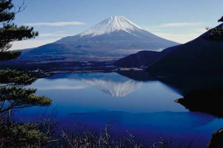 本栖湖富士山