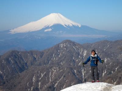 丹沢で富士山と記念撮影