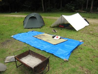 和知野川でキャンプ