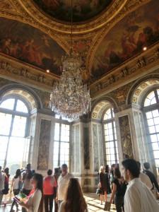 ヴェルサイユ宮殿 シャンデリア