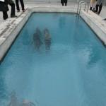 21世紀美術館プール上