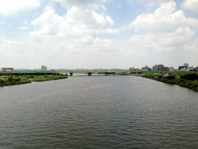 荒川ランニングコース_川