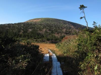 岩手山から乳頭山へ